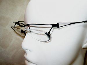 メガネ傾斜画像